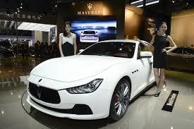 new maserati ghibli new maserati ghibli sedan makes its first public outing at