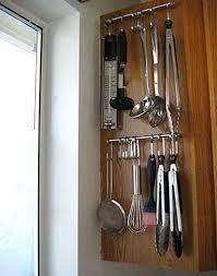 crochet cuisine inox crochet barre cuisine utilisez une barre et quelques crochets pour