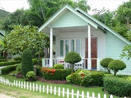 front yard white fence ideas home u0026 gardens geek