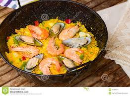 cuisine traditionnelle espagnole paella plat espagnol traditionnel photo stock image du cuisine