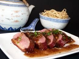 cuisiner des magrets de canard recette magret de canard et sa sauce au thé fumé cuisinez magret de