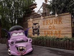 These Disneyland Halloween Treats Are Available Now 2017 by Disneyland Resort Disneyland Twitter