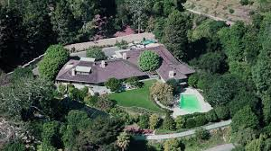 Celebrity House Floor Plans by 10 Mansions Haunted By Dead Celebrities Celebrity Homes On