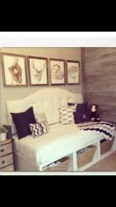 daybed headboard diy diy upholstered toddler hgtv 5 ideas 19139 2