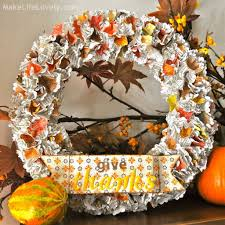 diy thanksgiving decor made from trash earth911