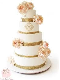 wedding cake flowers gold detail flower wedding cake wedding cakes