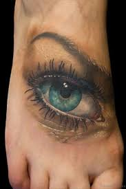 30 cool eye tattoos for