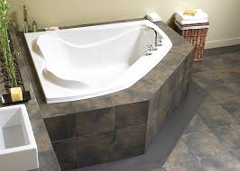 create a romantic scenery by enjoying bath session on soaking tub