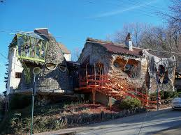 Crazy Houses Oh Cincinnati Weird House Totally Bizarre House In The H U2026 Flickr