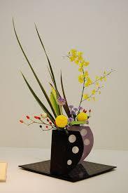 Japanese Flower Arranging Vases 1269 Best Ikebana Less Is More Images On Pinterest Floral