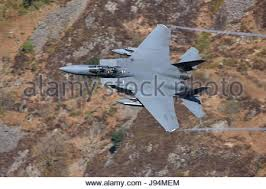 f 15 eagle receives fuel from kc 135 stratotanker wallpapers an f 15e strike eagle from raf lakenheath england receives fuel