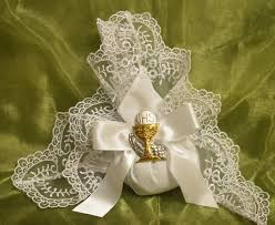 italian favors italian wedding favors communion favors confetti flowers doily