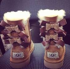 customise your ugg boots for free this autumn global blue thats me uggs