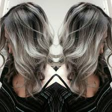 does hair look like ombre when highlights growing out if my grey hair actually looked like this i would grow it out in
