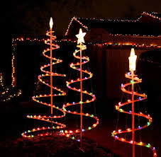 awesome picture of outdoor reindeer decorations lighted