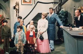 the brady bunch u0027 actor fired from radio host position for vile