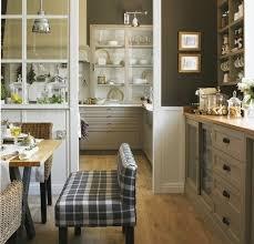 meuble cuisine rustique peinture mur cuisine tendance 2 couleur mur cuisine marron et