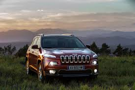 first jeep cherokee euro spec jeep cherokee to debut in geneva with two new diesel