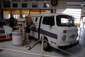 volkswagen van front file volkswagen t2a 1976 van martini racing rsidefront satm