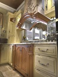 Kitchen Cabinet Hardware Images Best 25 Cream Colored Cabinets Ideas On Pinterest Cream
