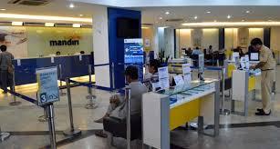 Bank Mandiri Bank Mandiri Mulai Terapkan Antrean Duduk Radar Cirebon