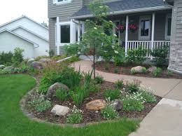 Backyard Landscaping Ideas For Small Yards by Small Front Yard Landscaping House Design With Various Plants