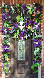 nightmare before christmas halloween decorations 99 best wreaths images on pinterest halloween crafts halloween