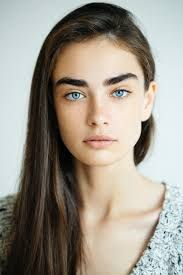 hairstyles for brown hair and blue eyes brown hair blue eyes 10 flattering looks to enhance this striking combo