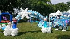Snowflake Balloons Anna Balloon Frozen Party Ideas Blog