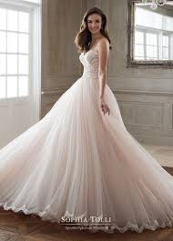 tolli wedding dress tolli 2018 wedding dresses arabia weddings