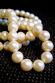 pearls necklace meaning images Dream interpretation pearls jpg