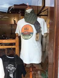best t shirt shop the best t shirts in ubud review of tn parrot shop ubud