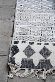 Black And White Home 25 Best Grey And White Rug Ideas On Pinterest Black And Grey
