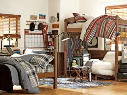 Bunk Beds For College Students Room A Chic Room Decorations With Bunk Bed Standing