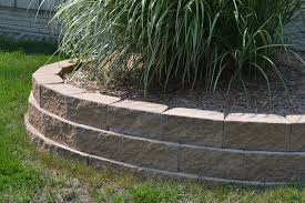 kings wall is a mid sized retaining wall block system