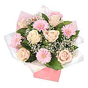 bouquets of flowers bouquet of flowers flower bouquet delivery serenata flowers