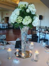 White Floral Arrangements Centerpieces by Tall Wedding Centerpieces With White Flowers And Submersible Led