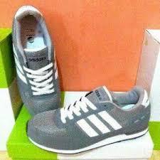 Sepatu Adidas Kets sepatu adidas neo city racer grey black white sepatu kets