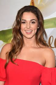 sadie robertson hairstyles for 2018 robertson hallmark evening event at tca summer press tour in la