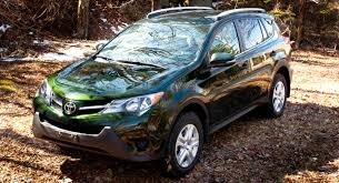 2013 toyota rav4 le review the commuter s suv