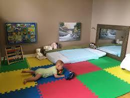 sol chambre bébé 24 modèles de lit au ras du sol pour la chambre à coucher des idées