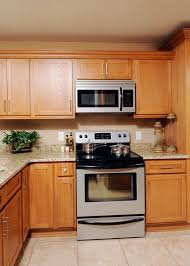 oak kitchen cabinet finishes oak cabinet finishes chatham oak kitchen cabinet finish