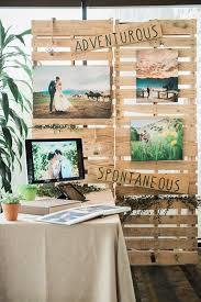 photo booths for weddings a wedding show booth created with crates weddingshow crates
