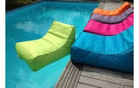 canap gonflable piscine fauteuil de piscine gonflable kiwi sitinpool 5 coloris