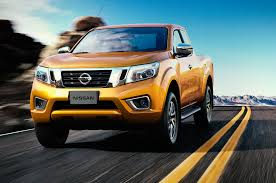 nissan np300 navara nissan navara pickup redesigned frontier to be different automobile