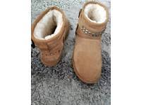 ugg sale leeds ugg boots size 5 in leeds s boots for sale