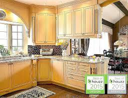 reparation armoire de cuisine armoire de cuisine en pin stained pine stained pine armoires de