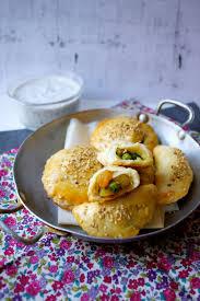 chausson cuisine cook a by maeva mini chaussons végétariens à l indienne aux