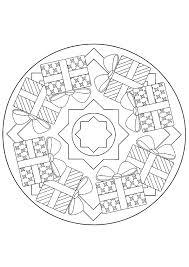 20 dessins de coloriage mandala noel à imprimer