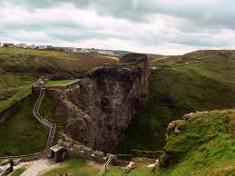 tintagel castle wikipedia